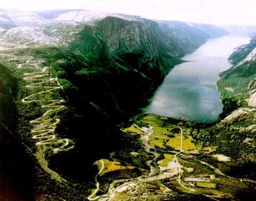 lysebotn-road