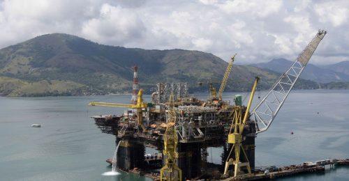 Forage du pétrole au brésil !!